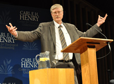 bruce-mccormack-lectures-at-trinity-evangelical-divinity-school