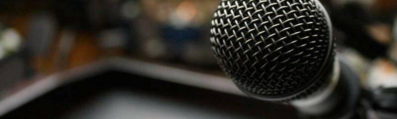 microphone-nichodemus-banner